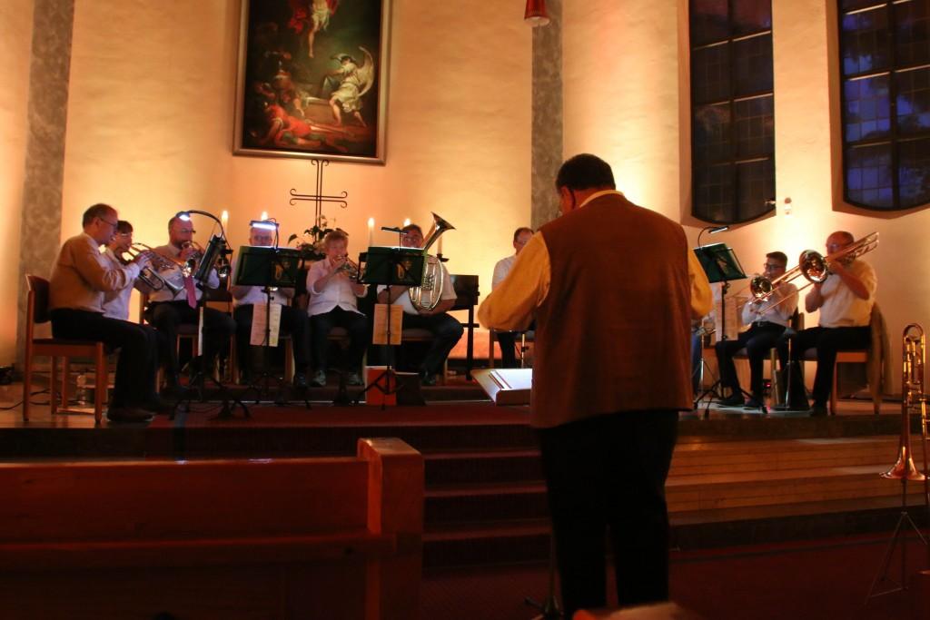 Der Posaunenchor spielt traditionelle und moderne Bläsermusik